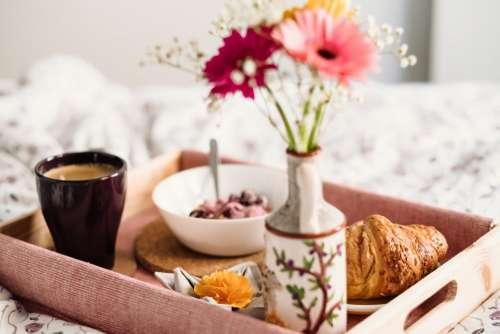 Breakfast in bed 9