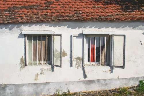 Old cottage