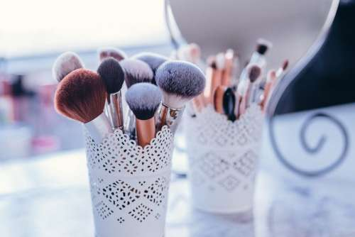 Makeup brushes 2
