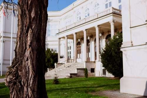 Neo-Renaissance diplomatic facility