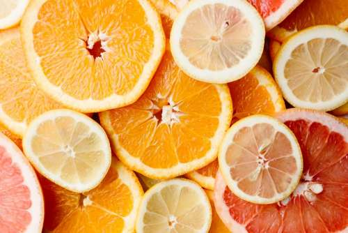 Orange, lemon and grapefruit slices
