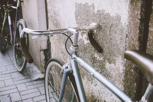 Vintage bicycle against the wall