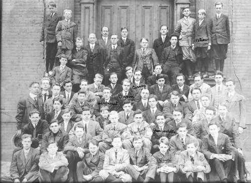 1911 Student Body of the Hopkins School in New Haven, Connecticut free photo