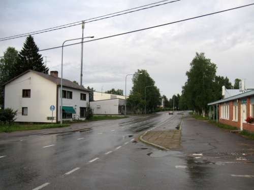 Ristijärvi street and road in Finland free photo