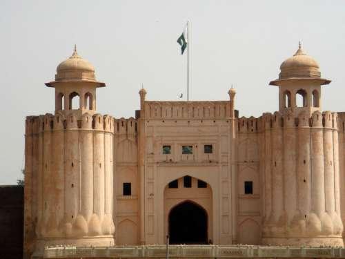 Alamgiri Gate in Lahore, Pakistan free photo