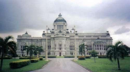 Ananta Samakhom Throne Hall in Bangkok, Thailand free photo