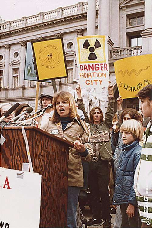 Anti-nuclear protest at Harrisburg in 1979, after Three Mile Island accident in Pennsylvania free photo