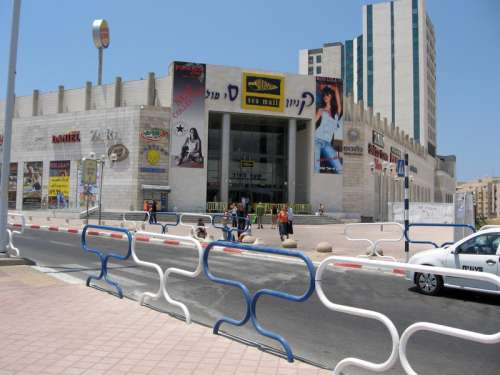 Ashdod Sea Mall shopping Center in Ashdod, Israel free photo