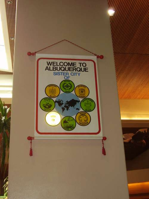 Banner at the Albuquerque Sunport  in New Mexico free photo