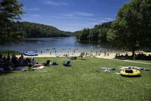 Beach and Cox Hollow Lake at Governor Dodge State Park, Wisconsin free photo