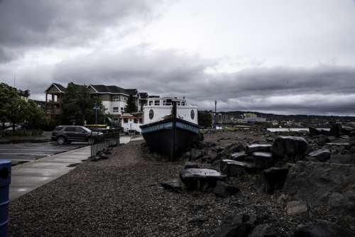 Boat food stand under cloudy skies in Duluth, Minnesota free photo