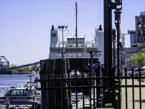 Bridgeport Port Jefersion Ferry unloading, Connecticut free photo