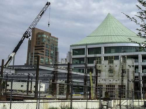 Building construction and development in Louisville, Kentucky free photo