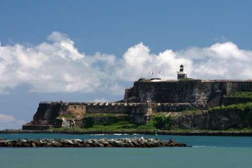 Castle San Felipe del Morro in San Juan, Puerto Rico free photo