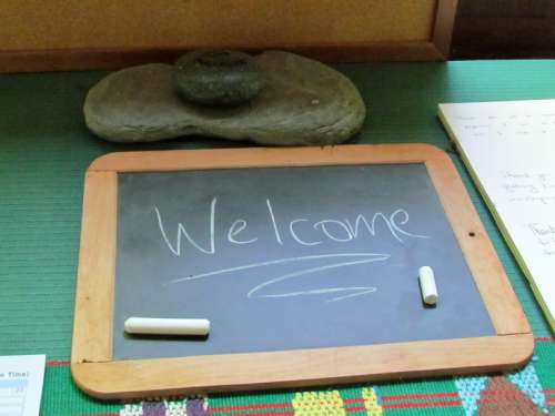 Chalkboard with welcome written on it free photo