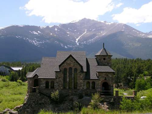 Chapel on the Rock at Camp Saint Malo in Colorado free photo