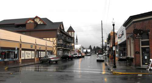 Charles Street in central Mt. Angel in Oregon free photo