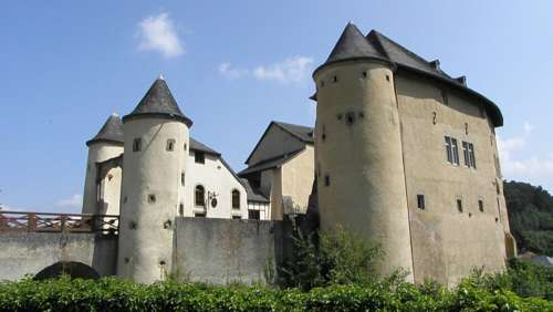 Chateau Castle in Luxembourg free photo