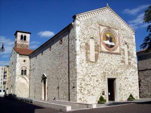 Chiesa di San Francesco in Udine, Italy free photo