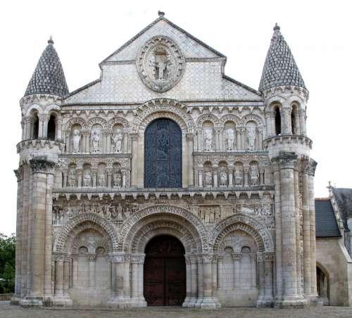 Church of Notre-Dame la Grande in Poitiers, France free photo