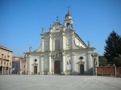 Church of St. Ambrose in Cinisello Balsamo, Italy free photo