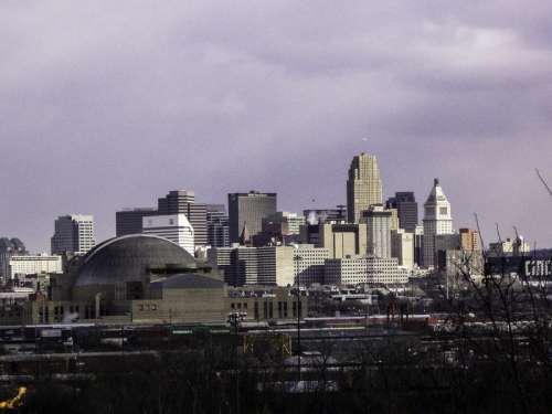 Cincinnati and Union Terminal and skyline in Ohio free photo