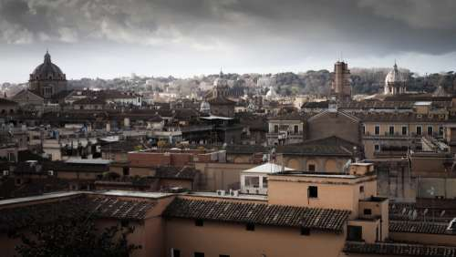 City view of Rome free photo