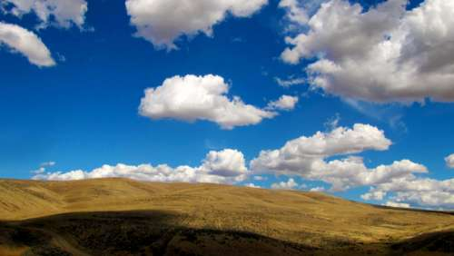 Clouds over the high plains in Washington free photo