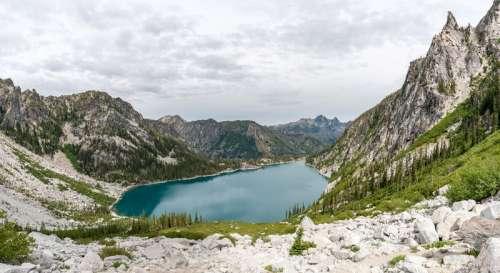 Colchuck Lake majestic Landscape in Washington free photo