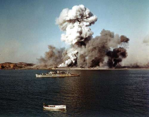 Destruction of Hungnam's port facilities in 1950 in the Korean War free photo