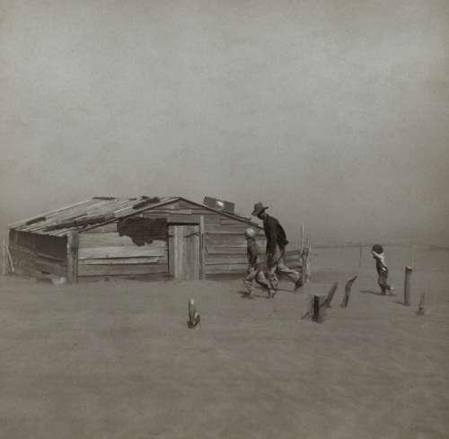 Dust Bowl in Oklahoma in 1930s free photo