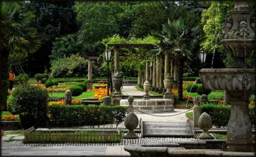 French garden in Ferrera Park in Aviles, Spain free photo