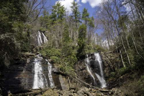 Full landscape of Anna Ruby Falls in Chattahooche-Oconee National Forest, Georgia free photo