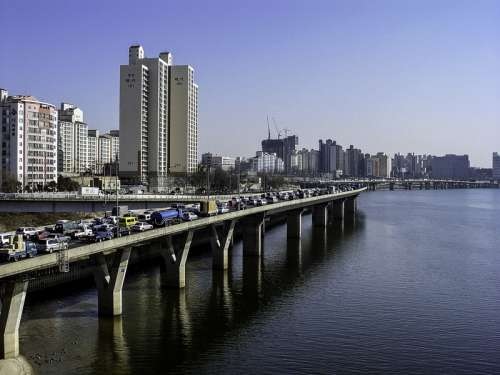 Gangbyeonbuk-ro riverside expressway in Seoul, South Korea free photo