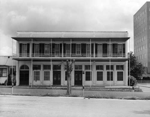 Goodman building in Austin, Texas free photo