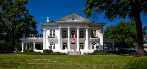 Governor's Mansion in Montgomery, Alabama free photo