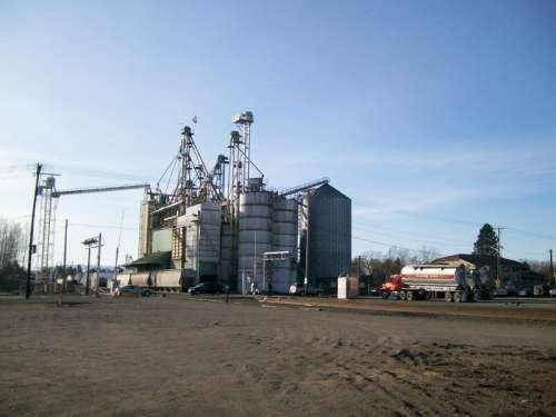 Grain storage and rail line in Ferndale, Washington free photo