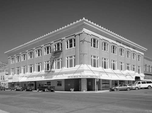 Heryford Brothers Building built in 1913 in Lakeview, Oregon free photo