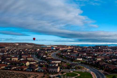 Hot Air Balloon above the cityscape of Albuquerque, New Mexico free photo