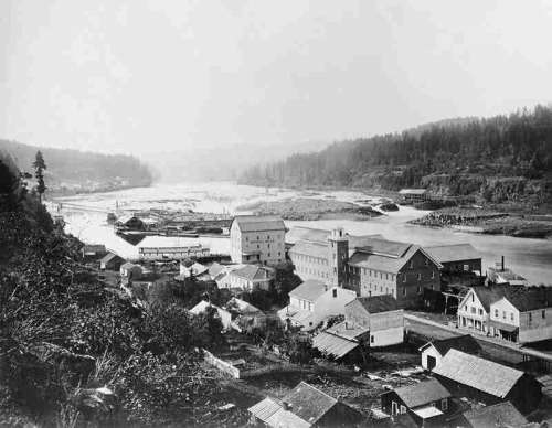 Houses in the town in Oregon City in 1867 free photo