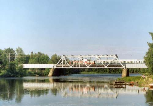 Kiiminki River railway bridge in Haukipudas, Finland free photo