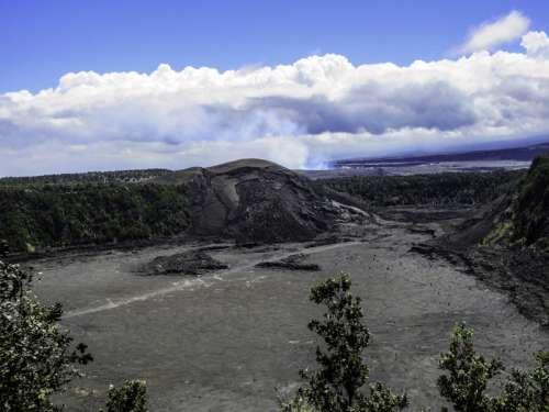 Kilauea Iki vent in Hawaii Volcanoes National Park free photo