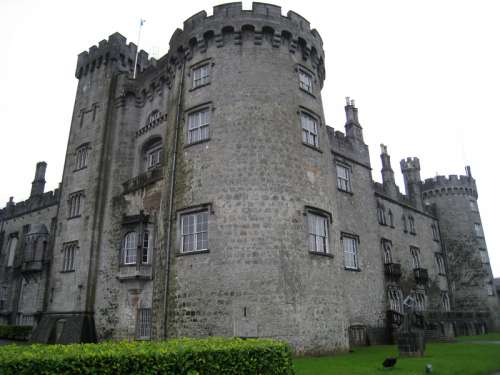 Kilkenny Castle in Ireland free photo