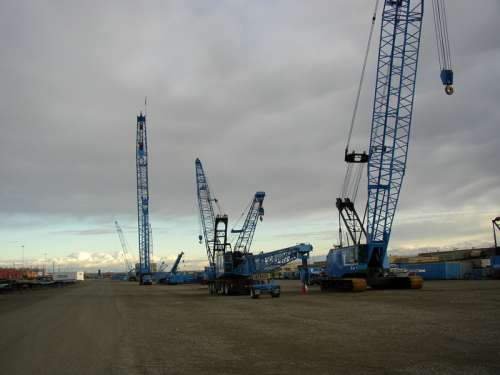 Lampson Crane Yard in the Port of Big Pasco, Washington free photo