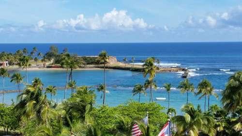 Landscape and shoreline in Puerto Rico free photo