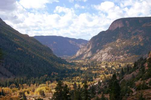 Landscape of the Mountains in Colorado free photo
