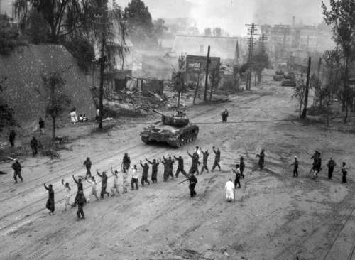 M26 Pershing tanks in downtown Seoul during the Second Battle of Seoul in the Korean War free photo