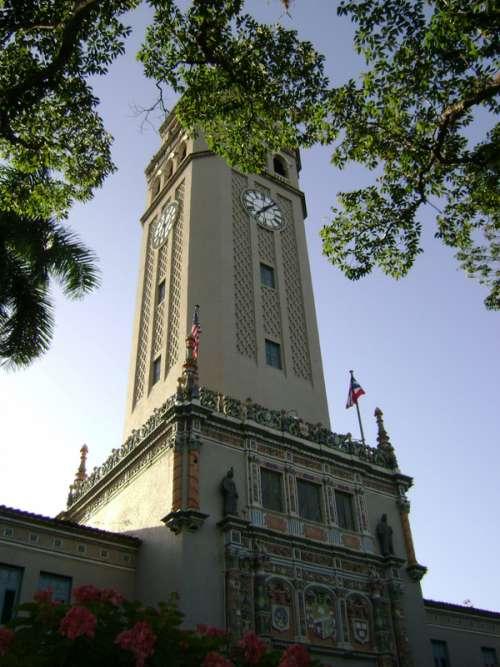 Main tower of the University of Puerto Rico in San Juan free photo