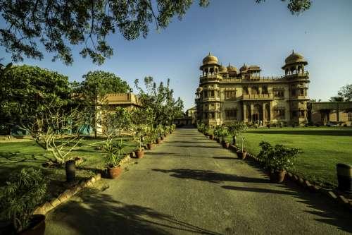 Mohatta Palace in Karachi, Pakistan free photo