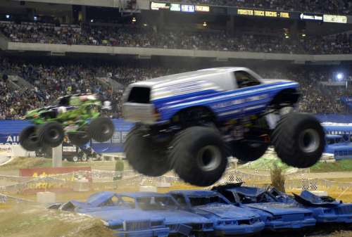 Monster Truck Show at racetrack in Las Vegas, Nevada free photo